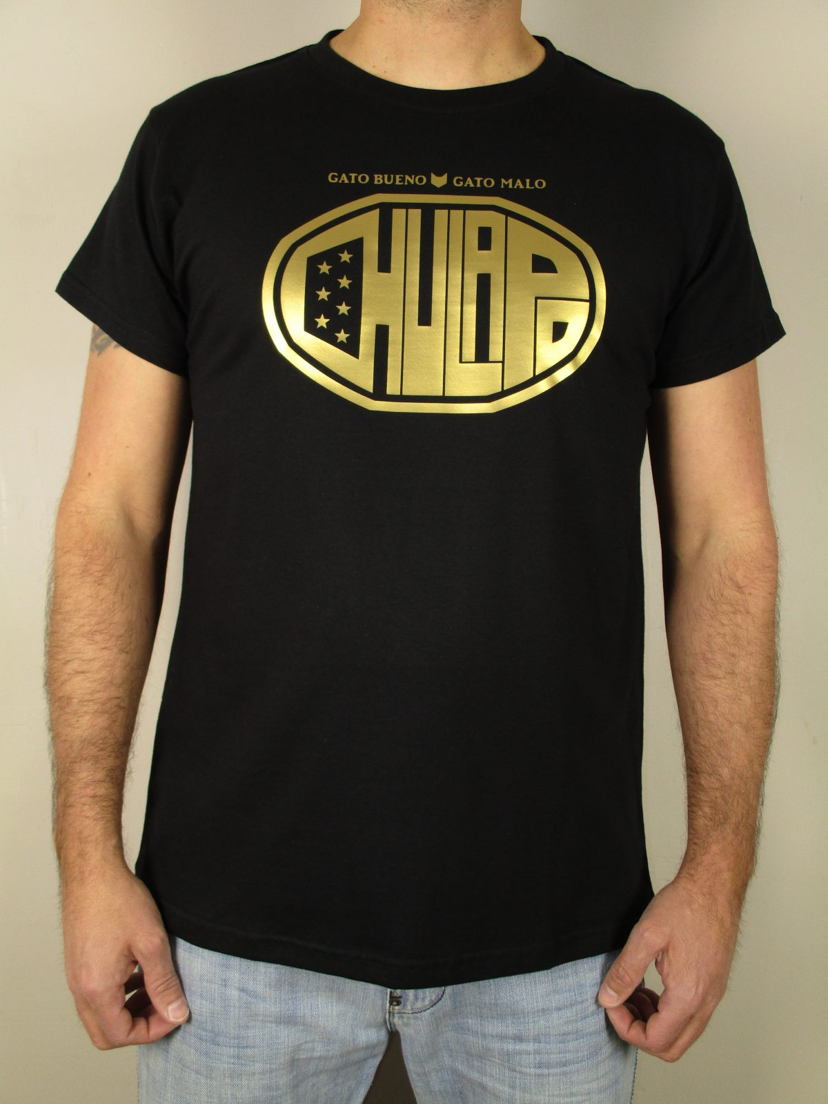 Chulapo camiseta negra hecha en España oro dorado Gato bueno gato malo calidad camiseta original personal la mejor harapos Madrid madrileño