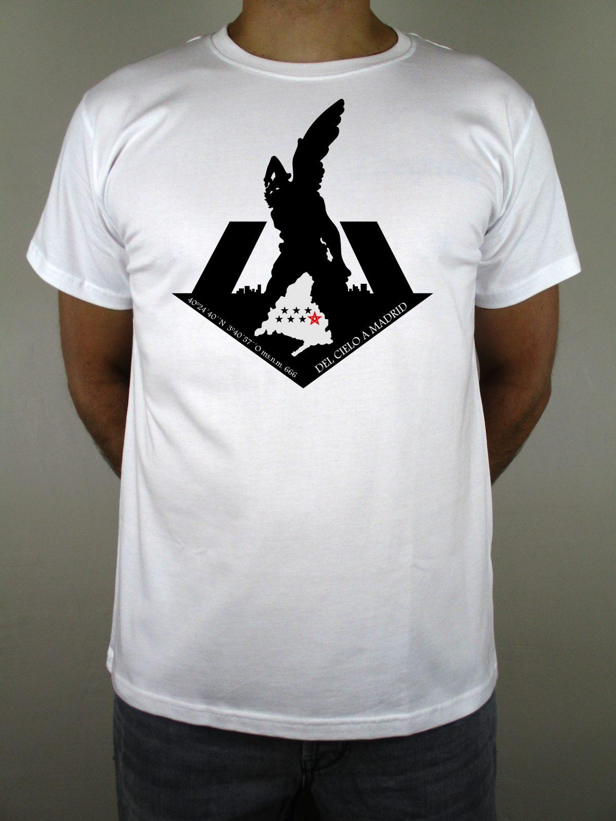 Para ponerte guapo ponte Chulapo. Puro sentimiento. Camisetas para auténticos amantes de la capital de España. Camisetas de calidad y hechas en España.